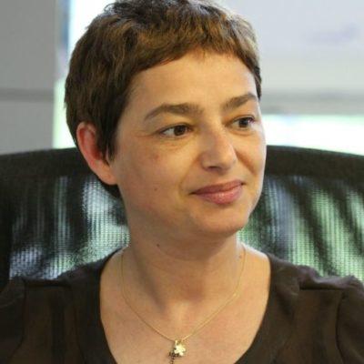 Paula Lavric